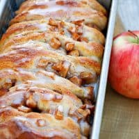 Easy Apple Fritter Pull-Apart Bread