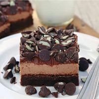 Chocolate Mint Mousse Brownies