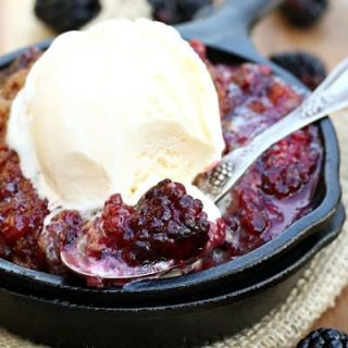 Easy Blackberry Lemon Cobbler