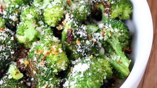 Roasted Broccoli with Breadcrumbs