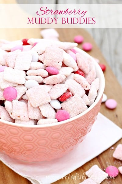 Strawberry Muddy Buddies
