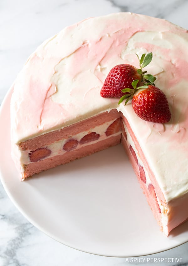 Fresh Strawberry Lemonade Cake