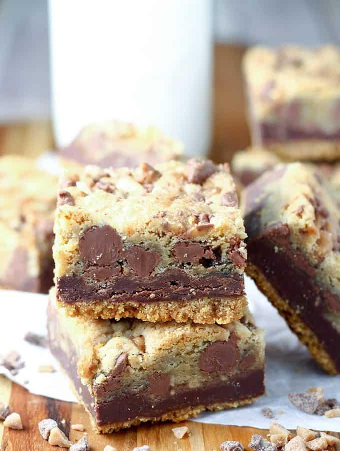 Fudgy Toffee Cookie Bars