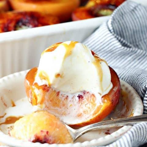 Cinnamon Sugar Baked Peaches