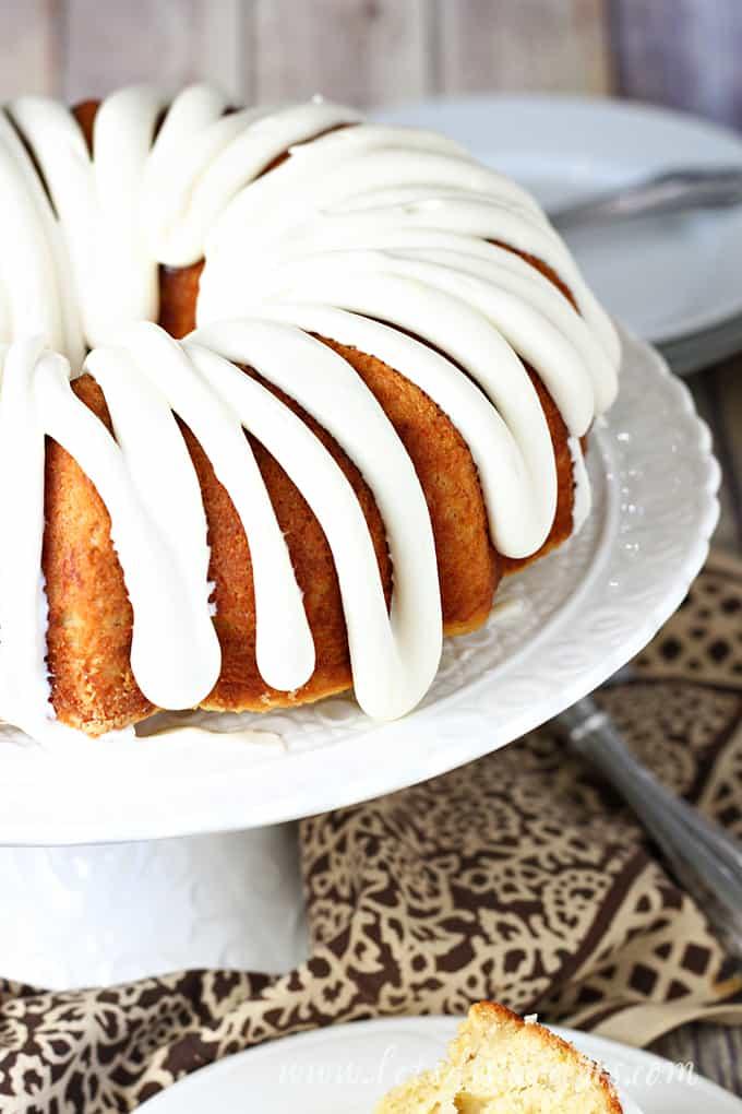 Banana Bread Bundt Cake