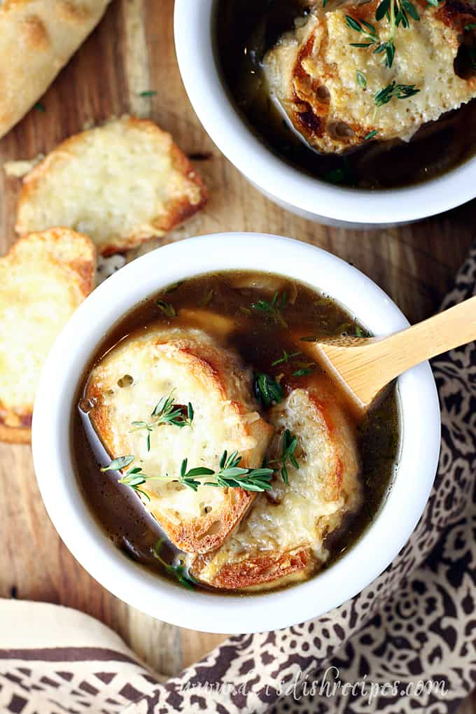 Simple Slow Cooker French Onion Soup