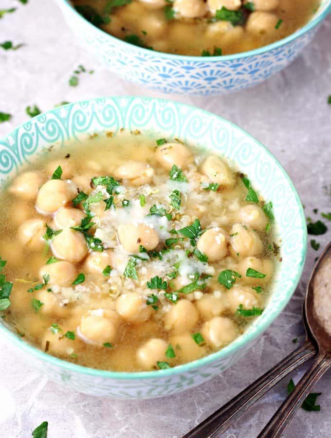 Easy Quinoa Chickpea Soup with Lemon